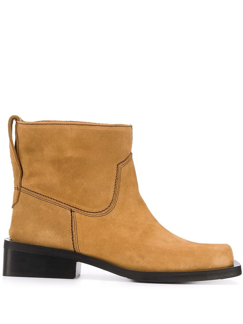 Low Mc Boot