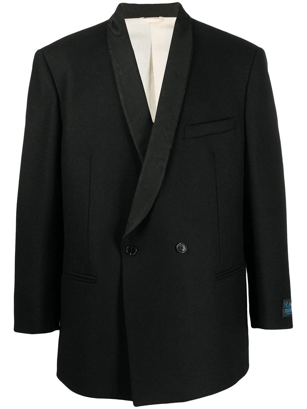 Boxy smoking blazer
